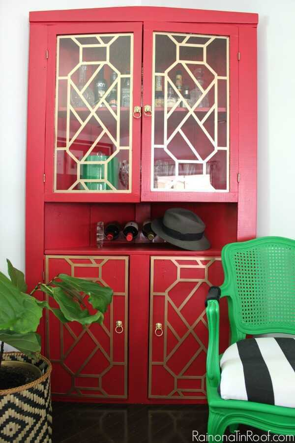 Rain on a Tin Roof uses Velvet Finishes and O'verlays to transform her furniture!