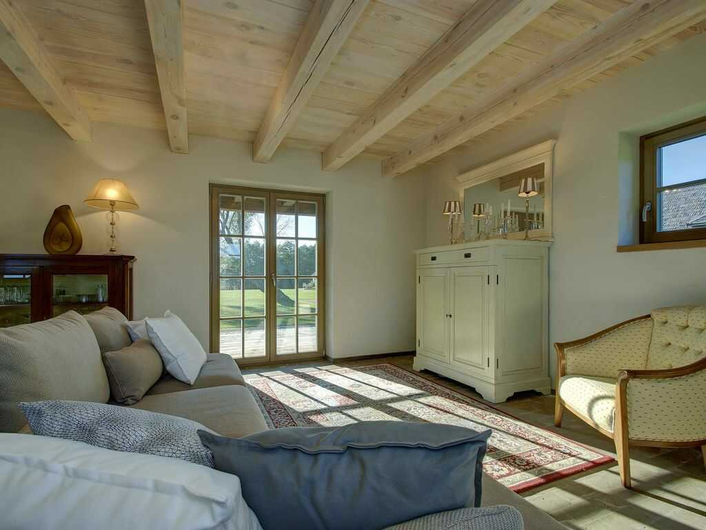 Amazing farmhouse vacations around the globe. Country estates for your holiday in England, Italy, France, Greece, Portugal or Morocco. #farmhousevacation