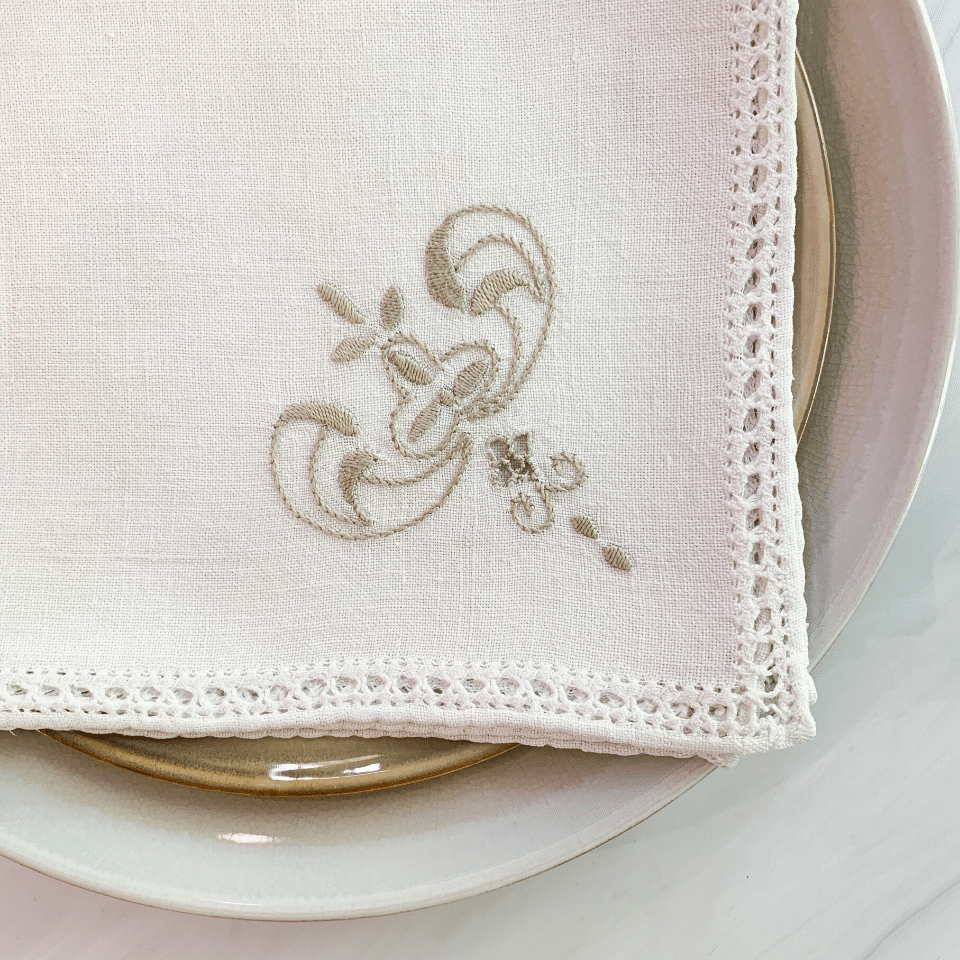 Mid Century Embroidered Napkins - Cream - Set/6
