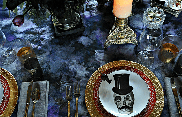 gothic dinner party, moody halloween table, tablescape, dark and moody table decor